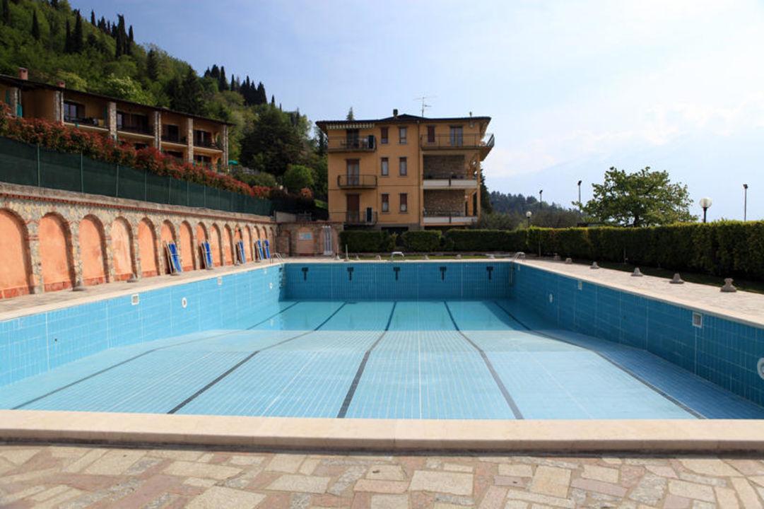 Schwimmbad Hotel La Portella