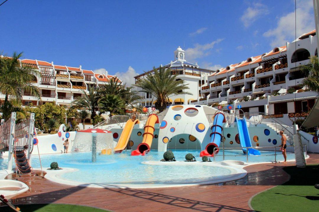 Kinderpool apartamentos parque santiago 3 playa de las americas holidaycheck teneriffa - Apartamentos parque santiago ...