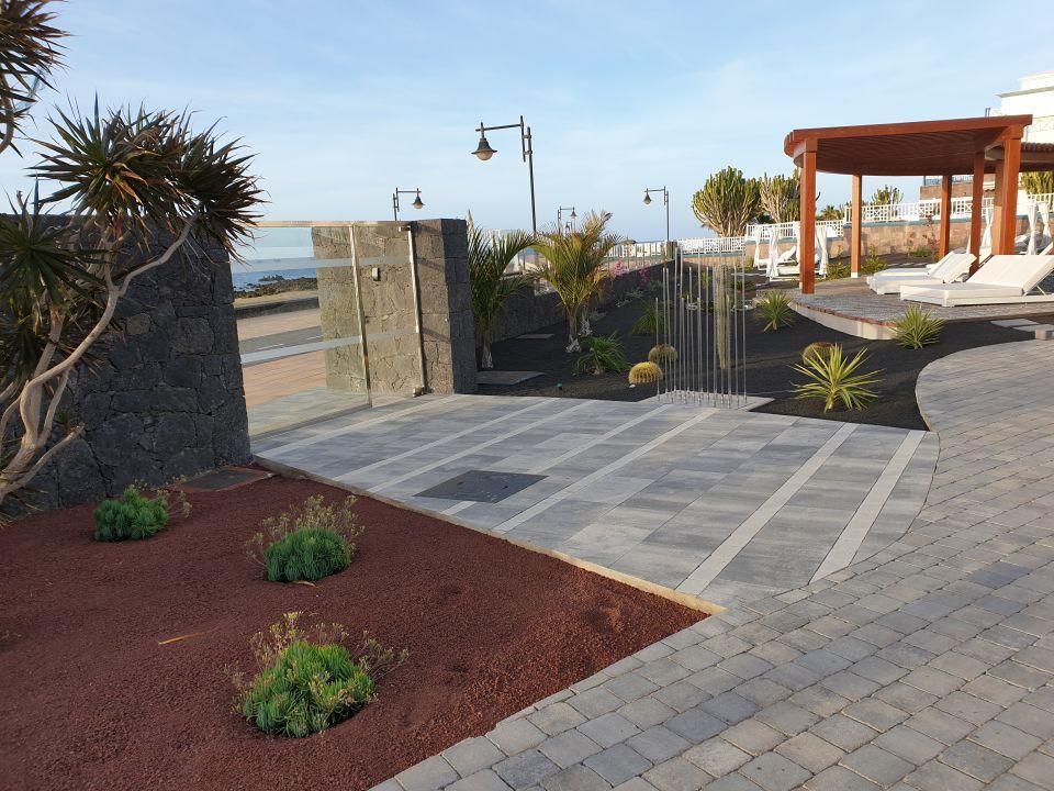 Gartenanlage Hotel Lava Beach
