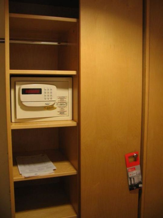 Cupboard with safe box in my room Austria Trend Hotel Ananas