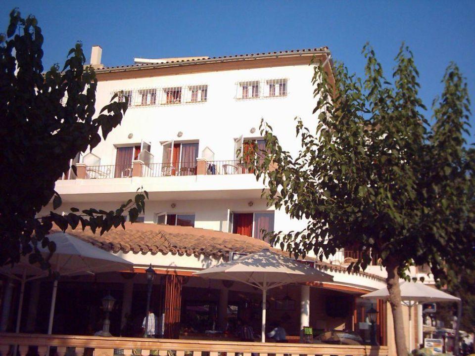 Seitenansicht / Terrasse Hotel Playas de Paguera