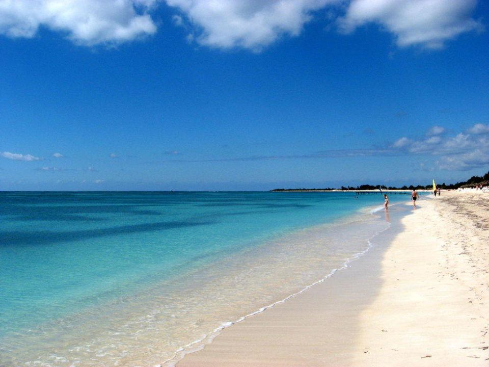 Strand vor dem Hotel Brisas Trinidad del Mar Hotel