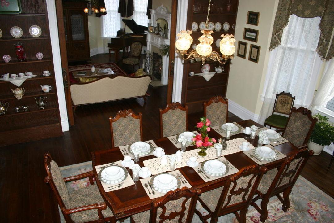 Dining room Bisland House Bed & Breakfast