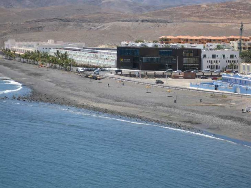 Ansicht vom berg aus r2 design bahia playa tarajalejo for Designhotel fuerteventura