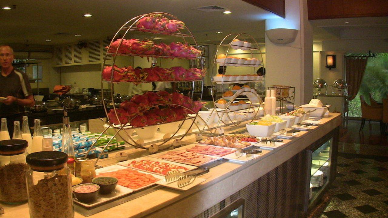 Teil des Frühstückbuffet JW Marriott Phuket Resort & Spa