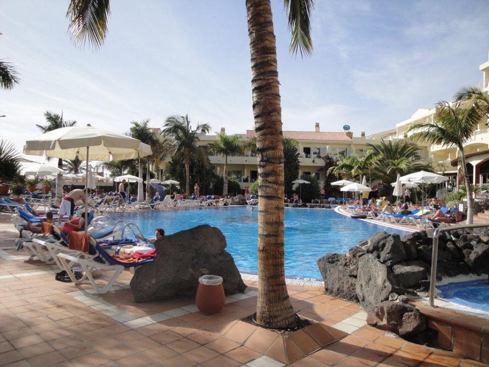 Pool und teilw. Liegeplatz SENTIDO Buganvilla Hotel & Spa