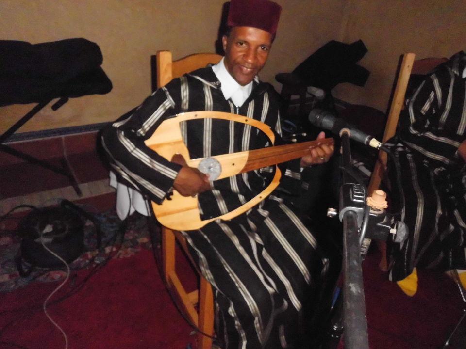 Musiker:  Mit seltenem Musikinstrument Hotel Riu Tikida Dunas