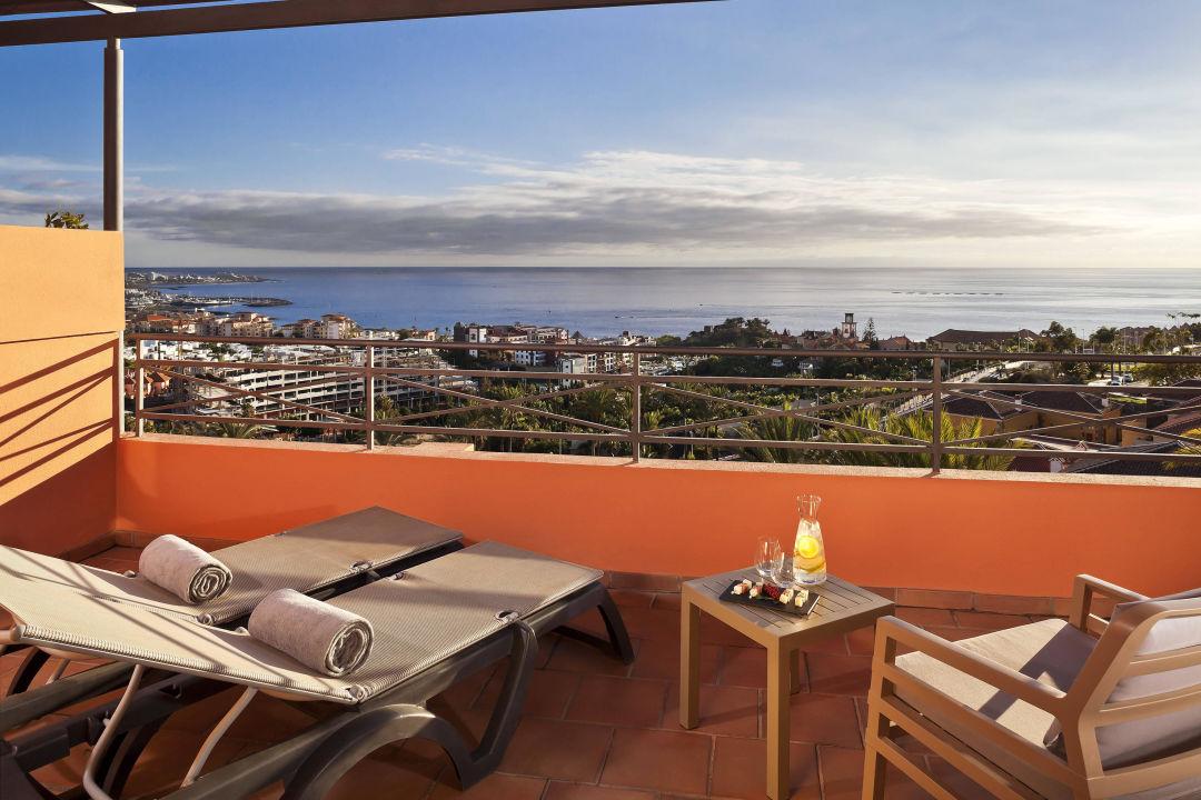 Terrasse junior suite melia jardines del teide costa for Melia jardines del teide junior suite