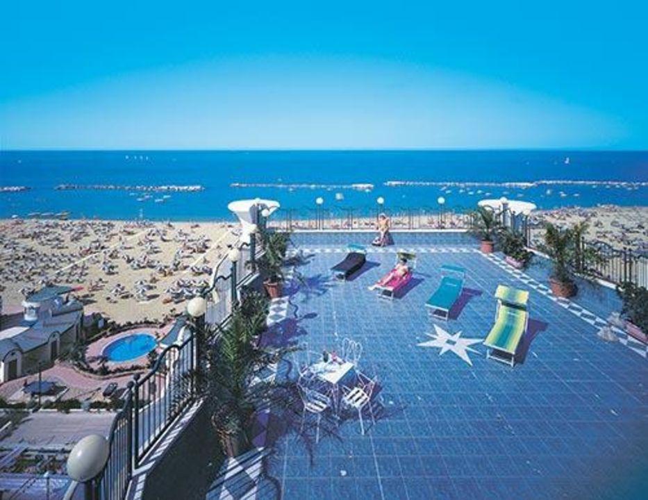 Terrazza solarium Hotel Beaurivage