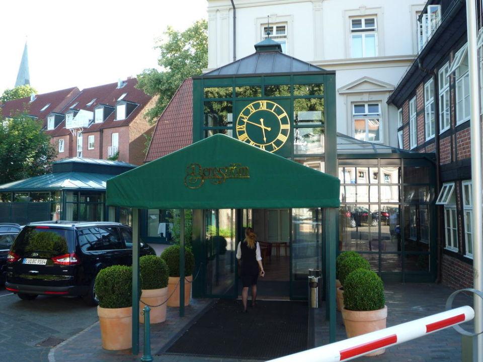 eingangsbereich romantik hotel bergstr m l neburg holidaycheck niedersachsen deutschland. Black Bedroom Furniture Sets. Home Design Ideas