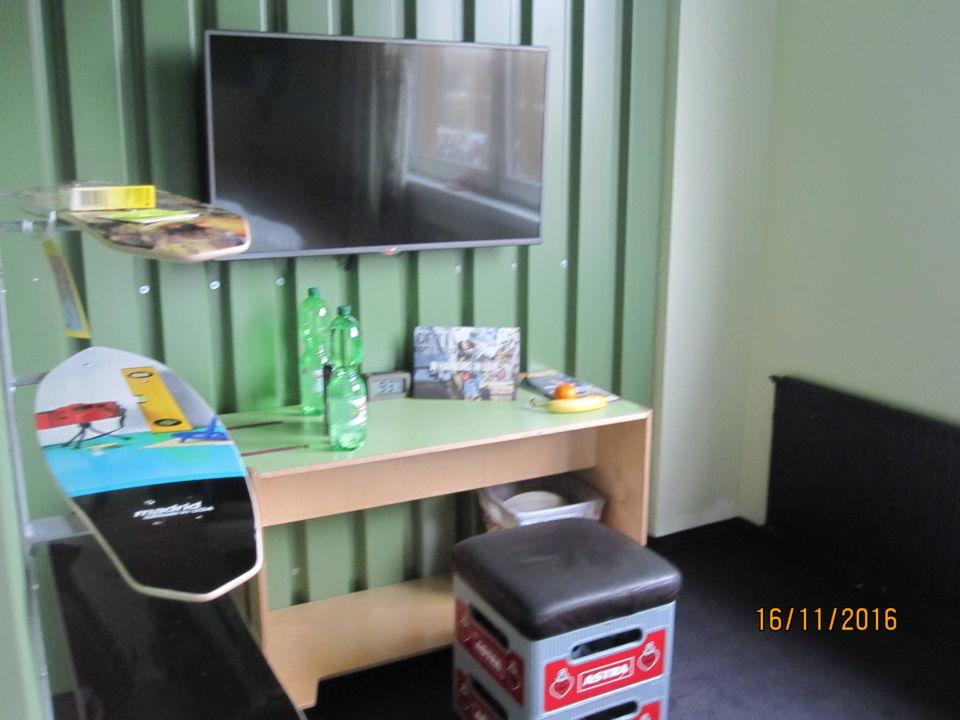 Stylische einrichtung superbude hotel hostel st georg for Stylische hotels
