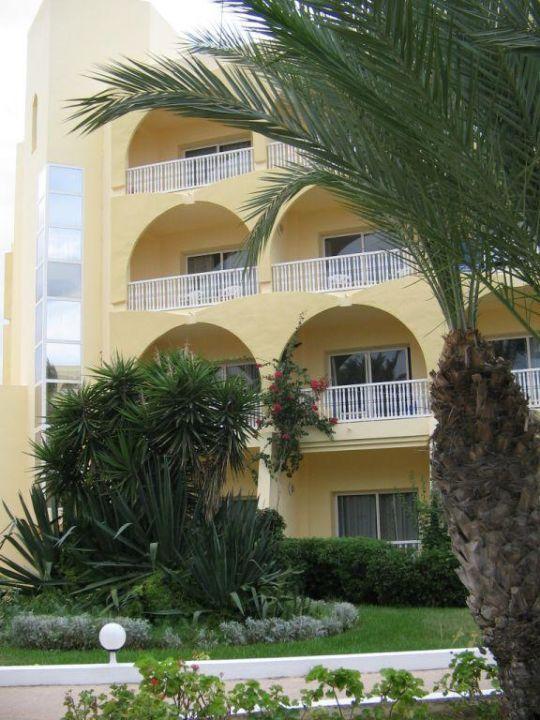 Nebengebäude von Vorne SunConnect One Resort Monastir