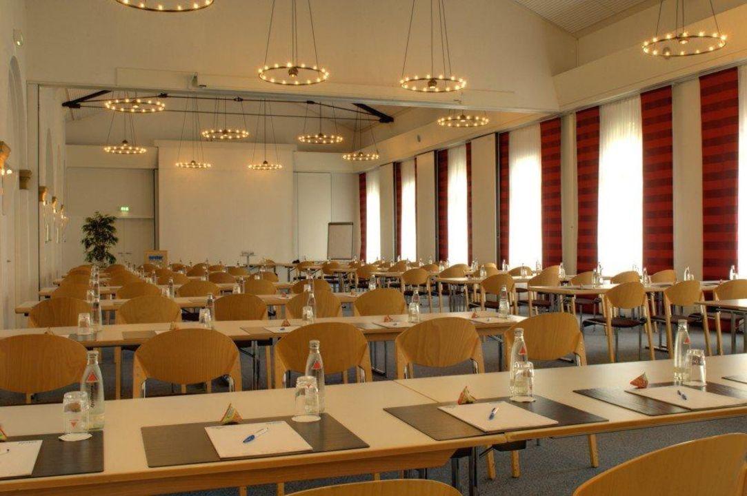"Tagungsraum ""Mozart"", teilbar in 3 Sektionen nestor Hotel Ludwigsburg"