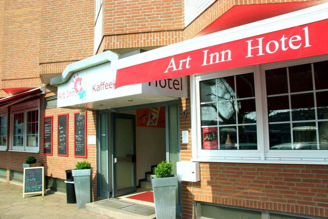 Front des Art Inn Hotel  Hotel Art Inn Dinslaken