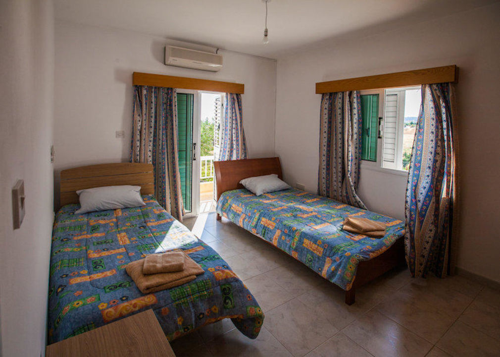 Two singles beds Villa Laona