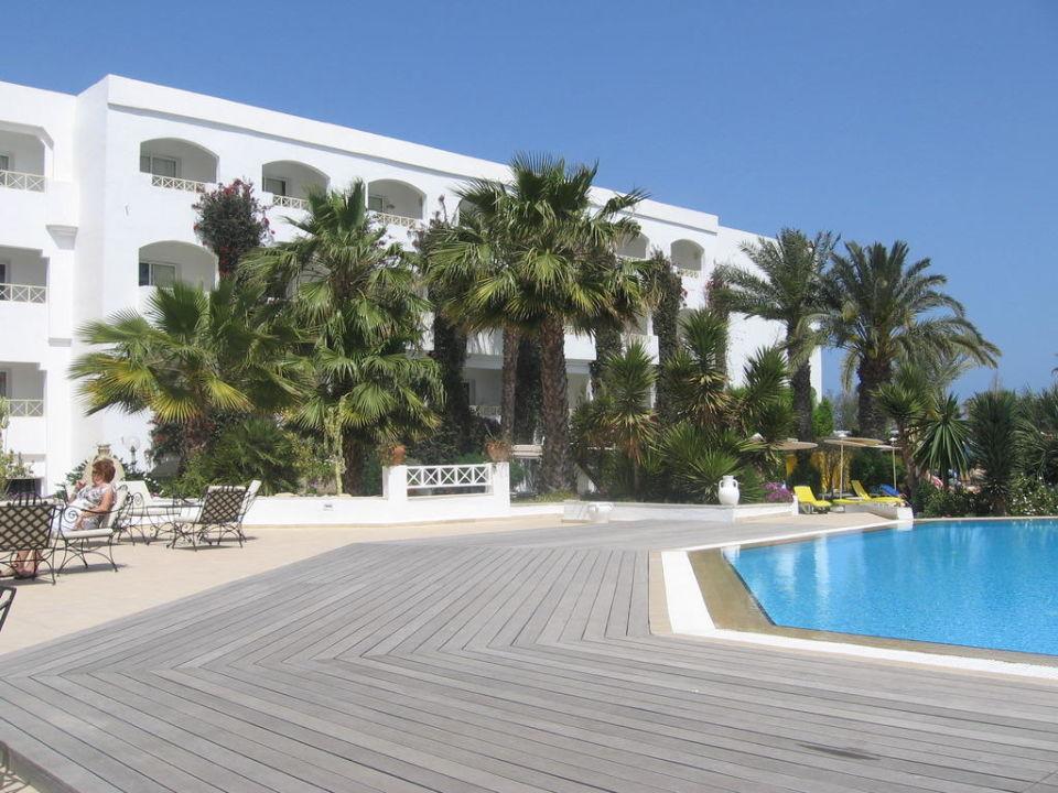 Das obere Zimmer links war unsers Hotel Thalassa Mahdia