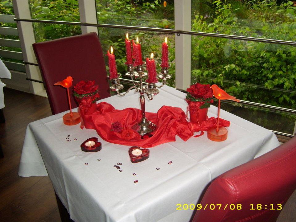 Tischdekoration Des Romantischen Dinners Im Hotel Hotel