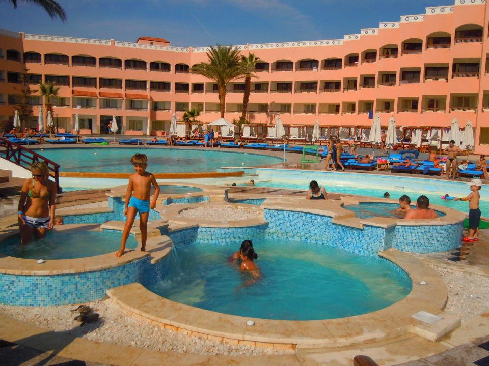 Neue Whirlpoolanlage Beach Albatros Resort Hurghada