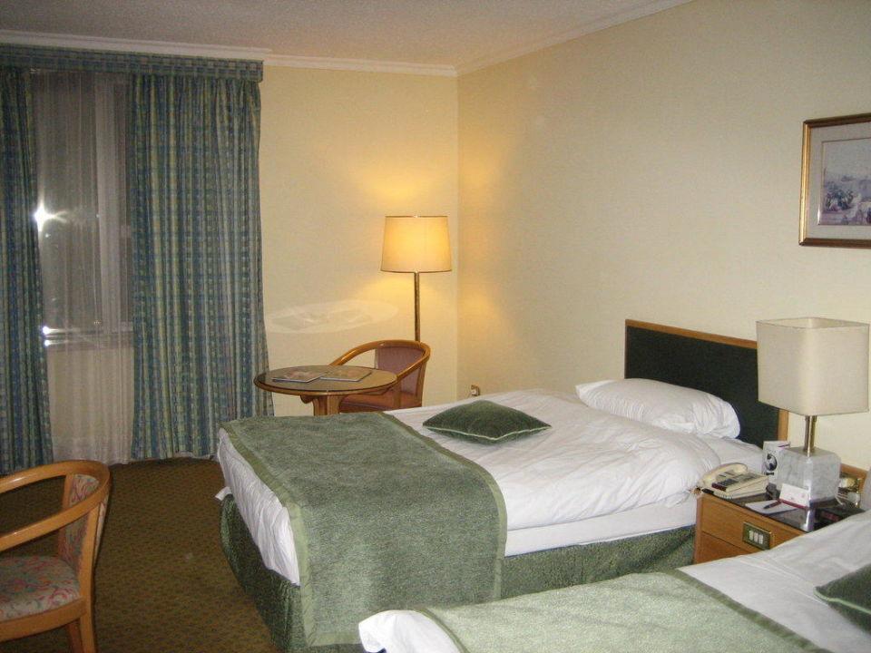 Zimmer-Betten im Fünfsternbereich des Hotels Hotel Crowne Plaza Amman