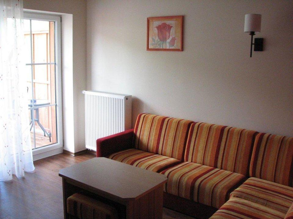Exklusive wohnzimmer die moderne wohnwand im wohnzimmer for Tische exklusiv