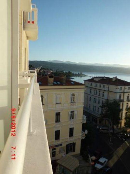 Blick aus dem Zimmer Richtung Bucht Hotel Astoria by OHM Group