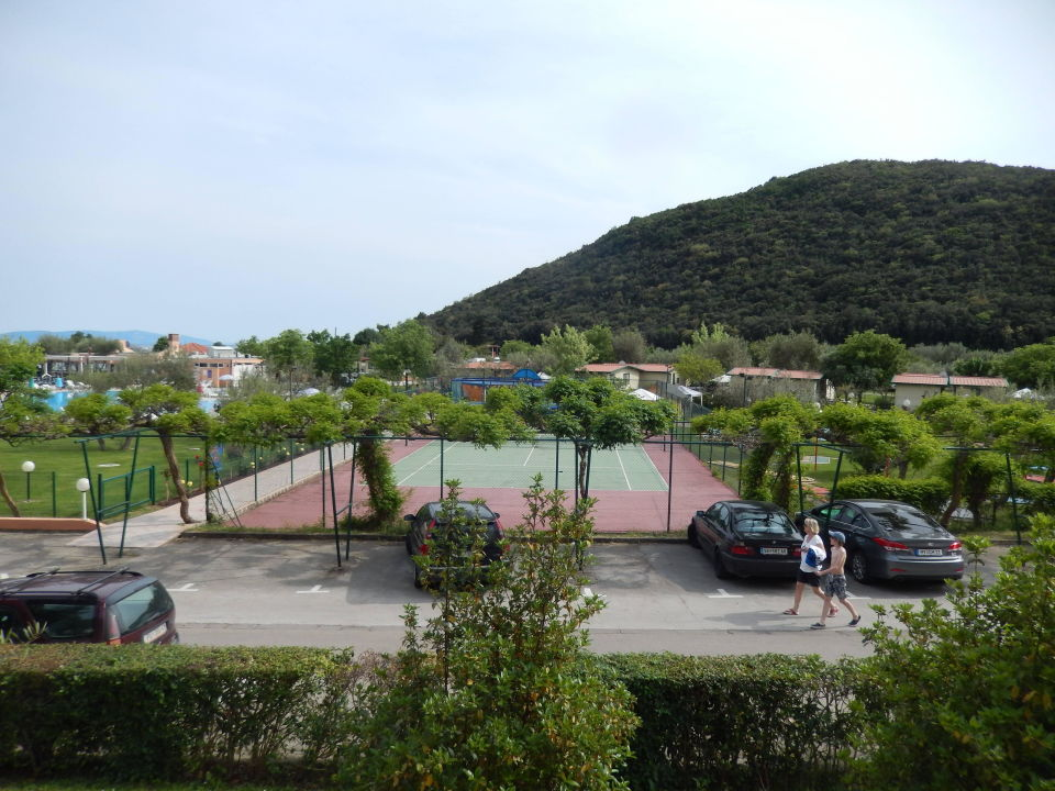 Tennisplatz am Hotel Maslinica Hotels & Resorts