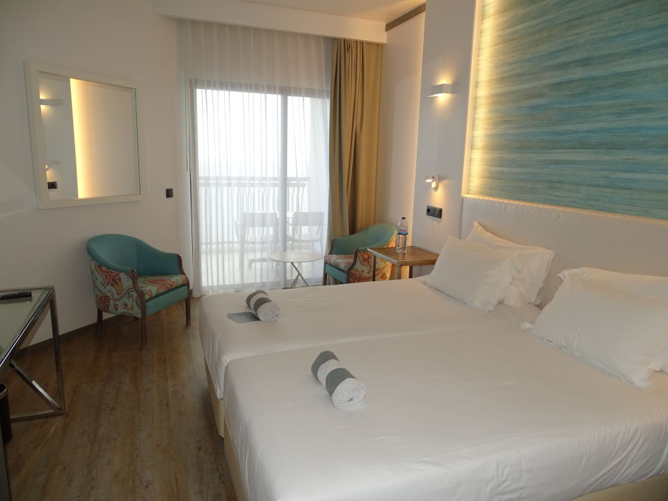 Zimmer Hotel Baia Azul