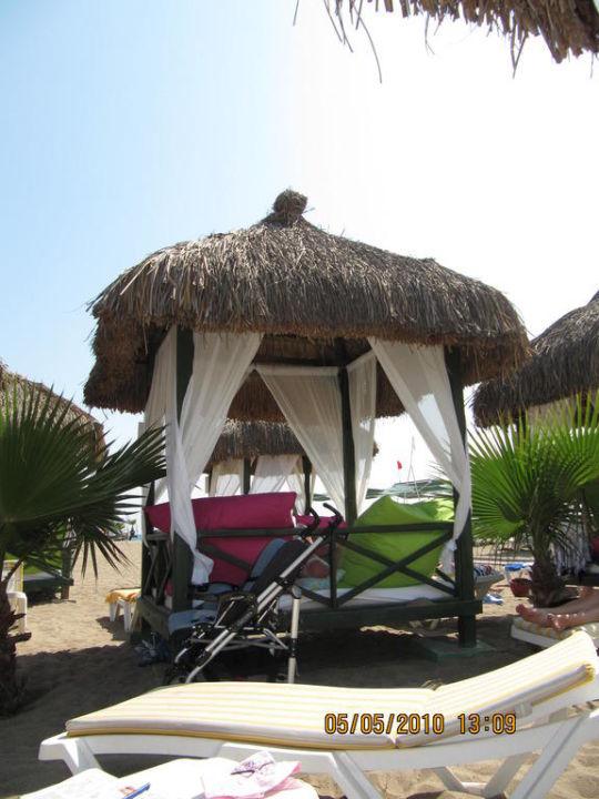 Bali Häuschen am Strand\