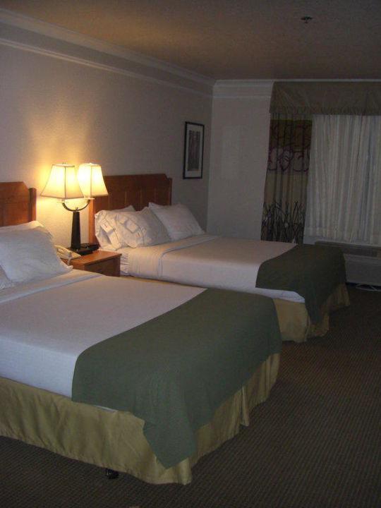 Großzügiges Zimmer Hotel Holiday Inn Express Mckinleyville