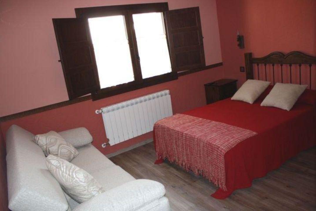Rotes Zimmer Casa Rural Via Caparra