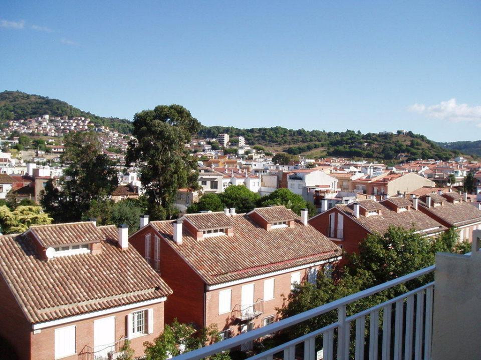Blick vom Balkon (4.Stock) Hotel Checkin Pineda