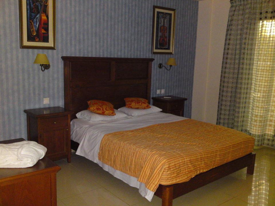 Oberer Schlafbereich Maisonette SENTIDO Vasia Resort & Spa