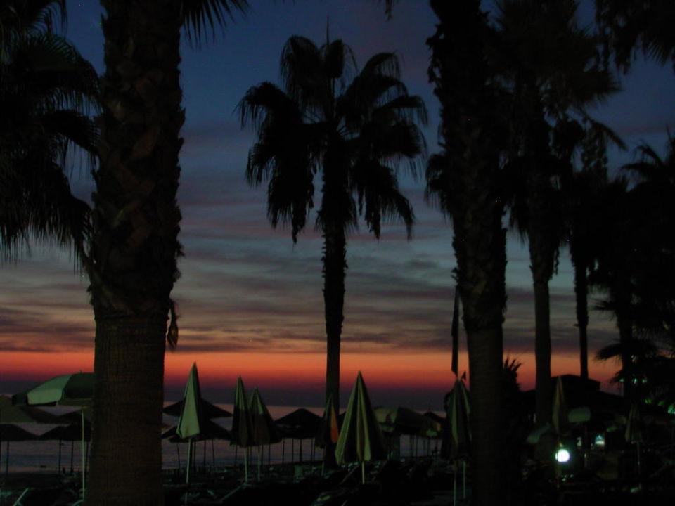 Abendstimmung über dem Meer Hotel Meryan