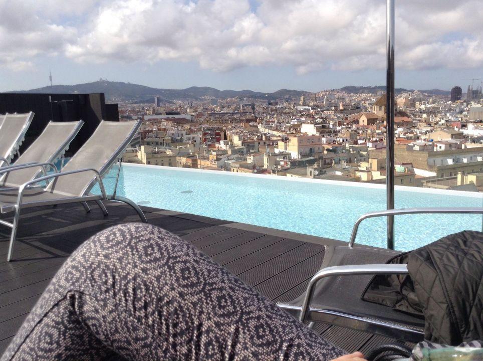 bild tolle aussicht en zu hotel andante in barcelona. Black Bedroom Furniture Sets. Home Design Ideas