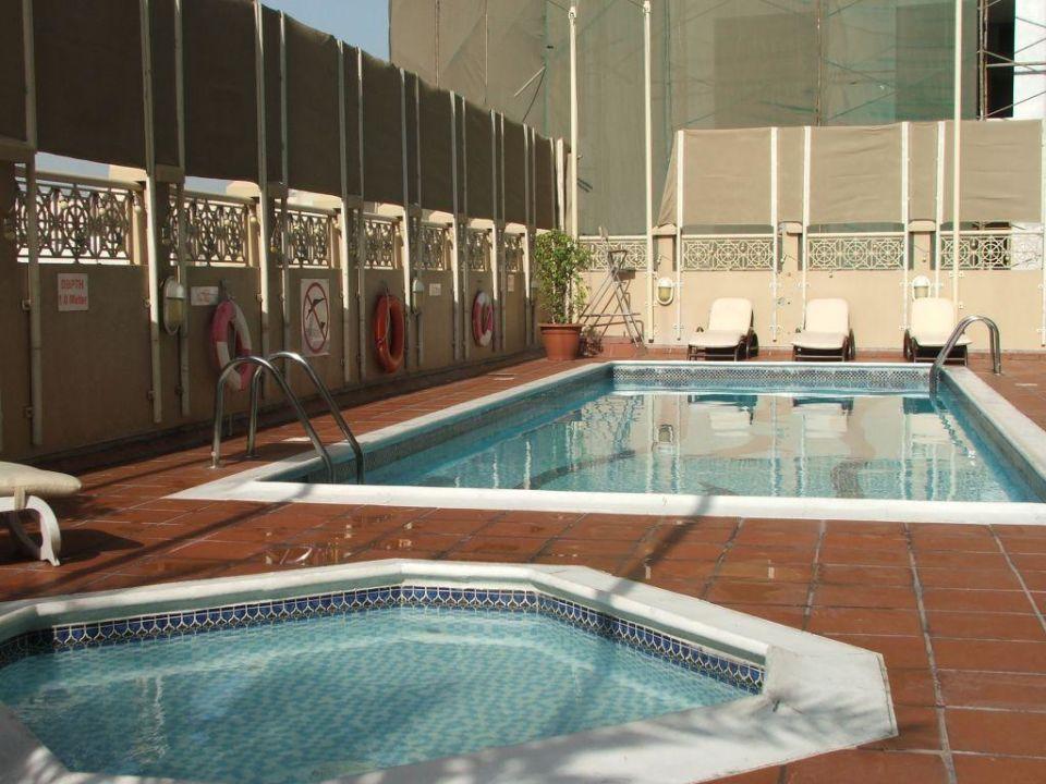 Pool Arabian Courtyard Hotel & Spa