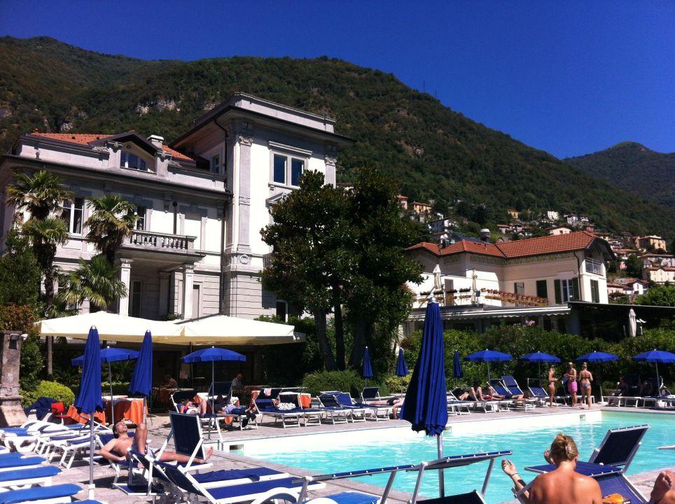 Blick auf die Poolanlage Grand Hotel Imperiale
