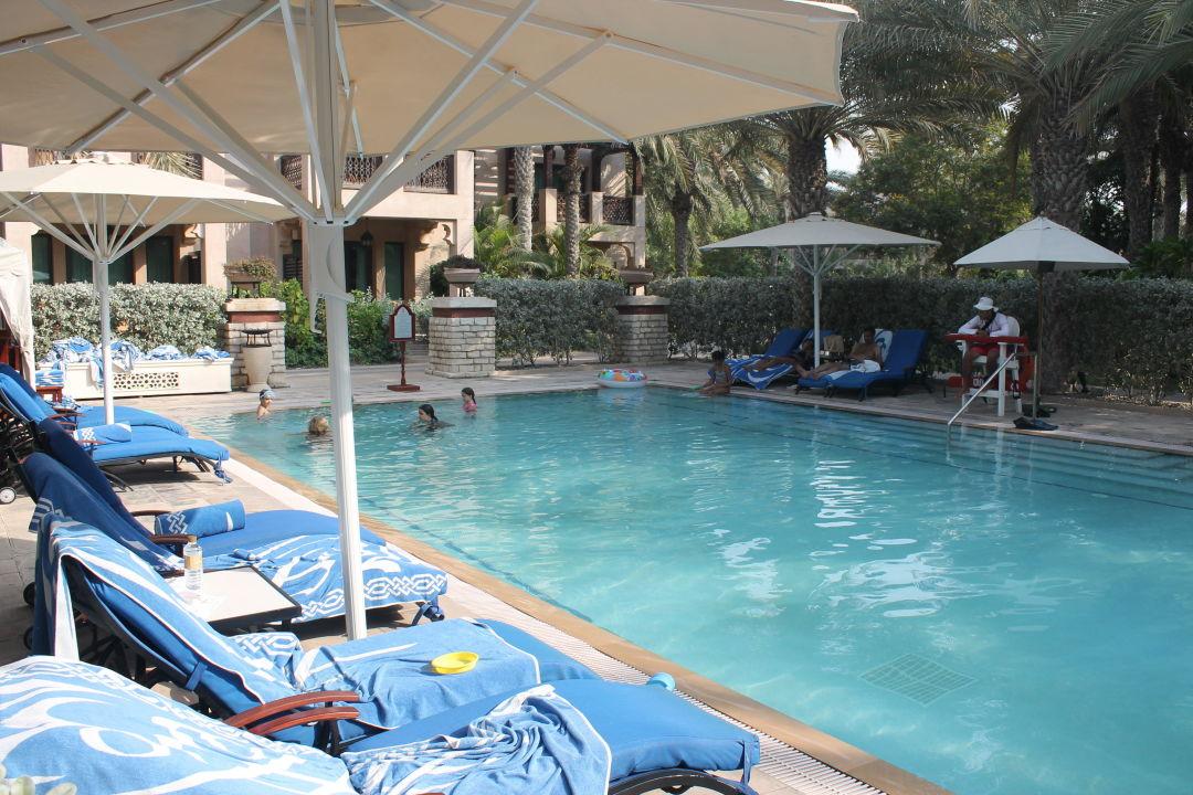 Bild strand zu hotel madinat jumeirah dar al masyaf in for Kleiner pool