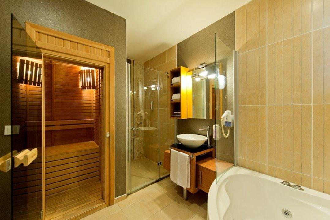 """senior suite bad mit sauna und whirlpool"""" sentido flora garden in, Hause ideen"""