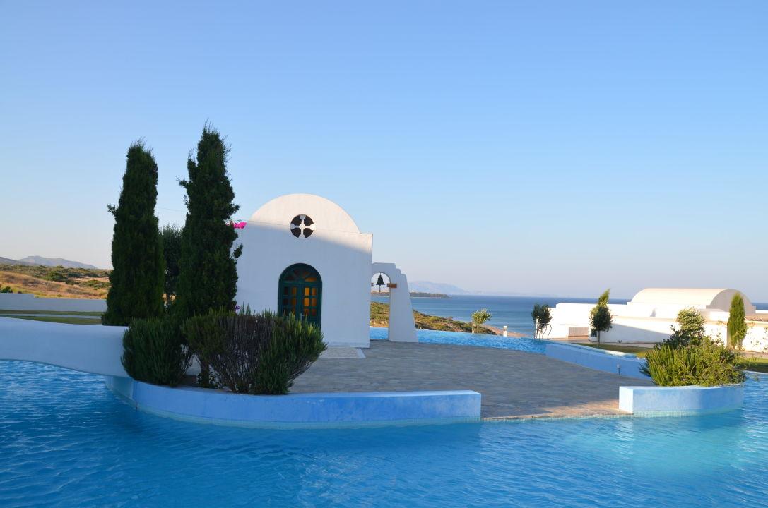 pool gartenanlage mit kapelle atrium prestige thalasso spa resort villas lachania. Black Bedroom Furniture Sets. Home Design Ideas