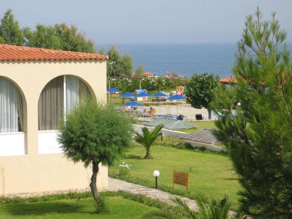 Blick zum Pool Hotel Pavlina