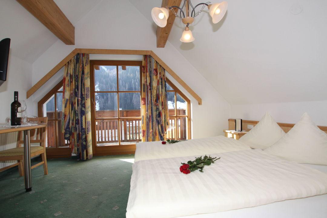Zimmer Bett Tv Alta Montagna Mathon Holidaycheck