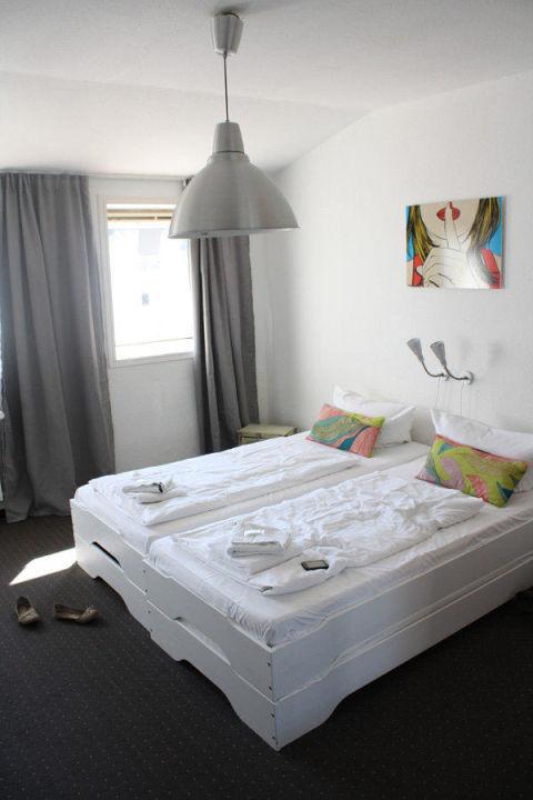 bild zimmer 38 zu pyjama park hotel hostel in hamburg. Black Bedroom Furniture Sets. Home Design Ideas