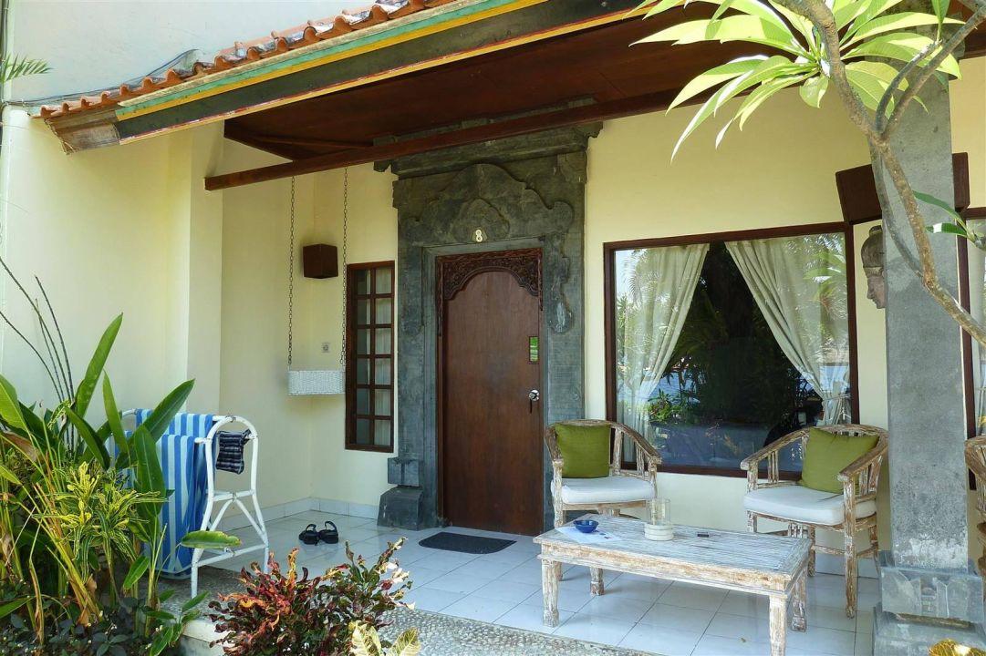 Terrasse vom Bungalow Hotel Tauch Terminal Resort Tulamben