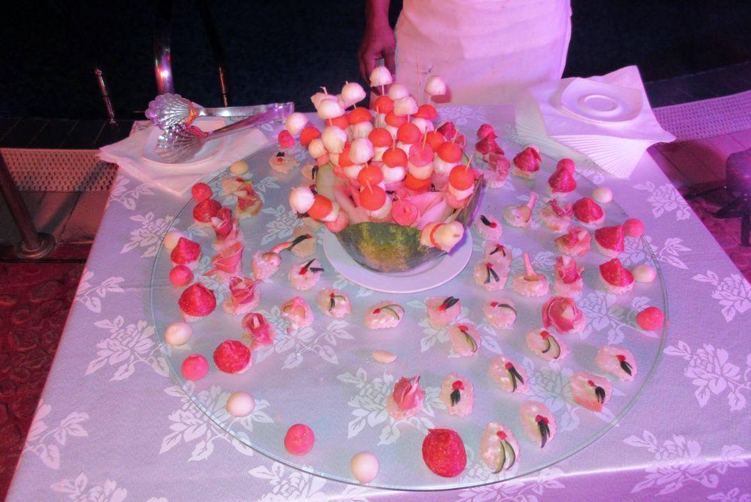 Wariacja szefa kuchni na temat owoce morza i owoce Memories Flamenco Beach Resort