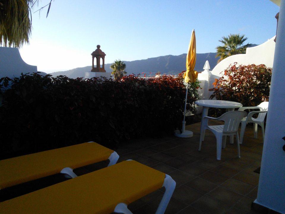 blick von der terrasse hotel la palma jardin el paso holidaycheck la palma spanien. Black Bedroom Furniture Sets. Home Design Ideas