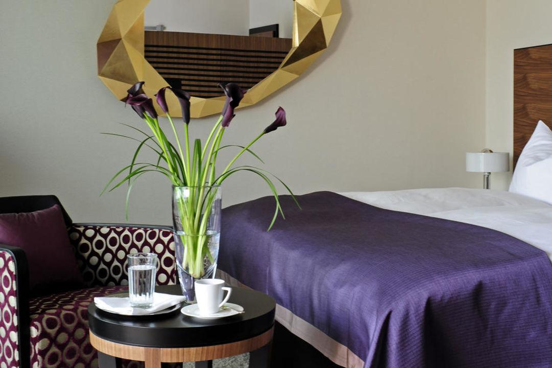 Badezimmer im Art Deco Stil Art Deco Hotel Montana Luzern
