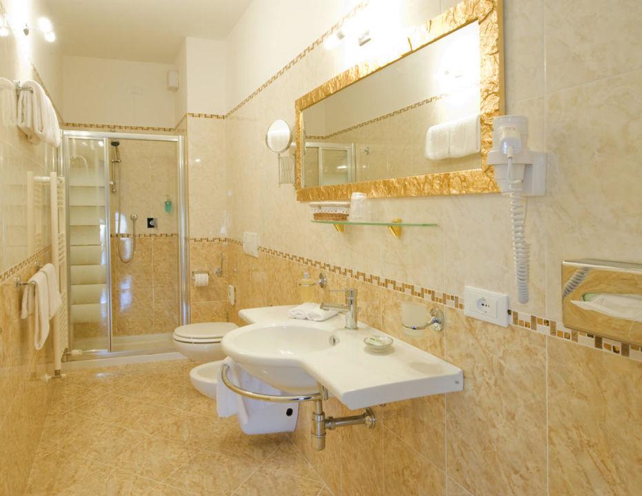 Bagno  Hotel Borgo dei Poeti Wellness Resort