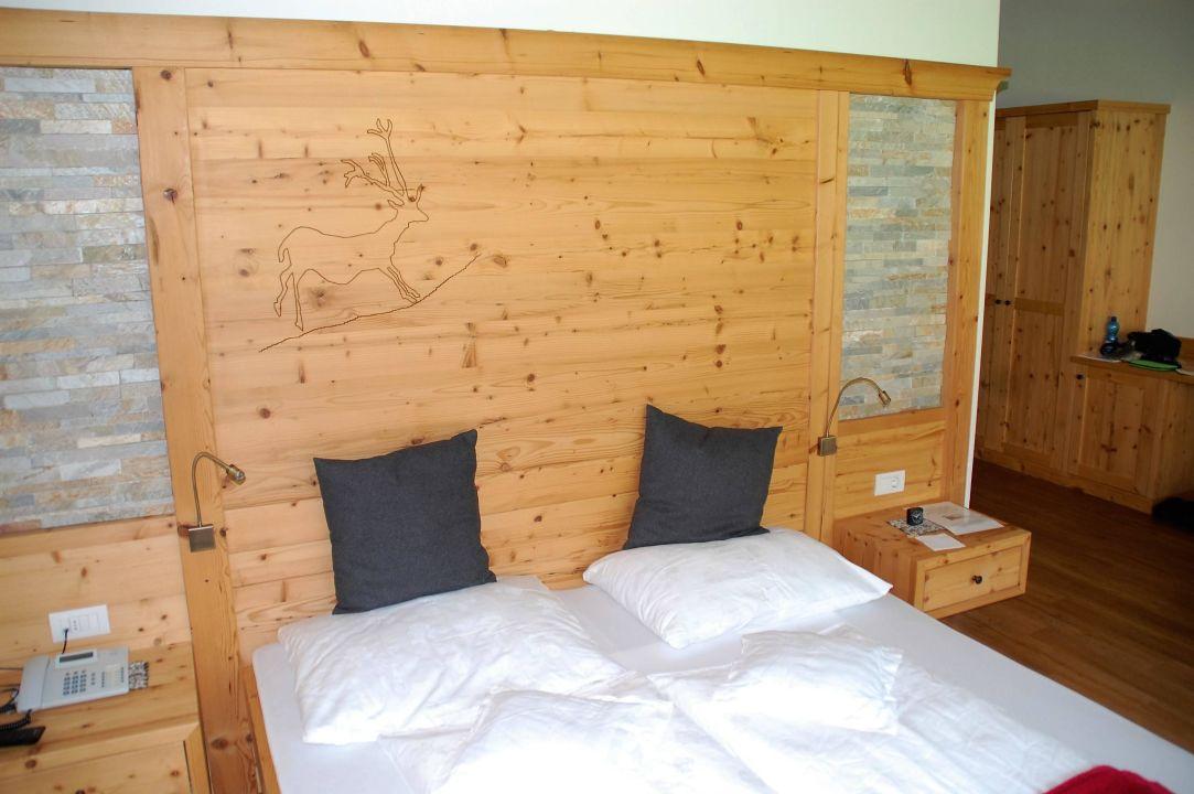 Bett mit r ckwand hotel wiesenhof garden resort san leonardo in passiria sankt leonhard in - Bett mit ruckwand ...