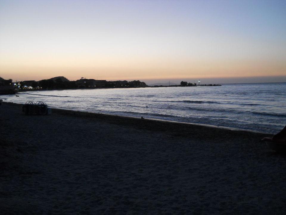 Abenddämmerung Richtung Sidari/Anlegeplatz Hotel Beach Star