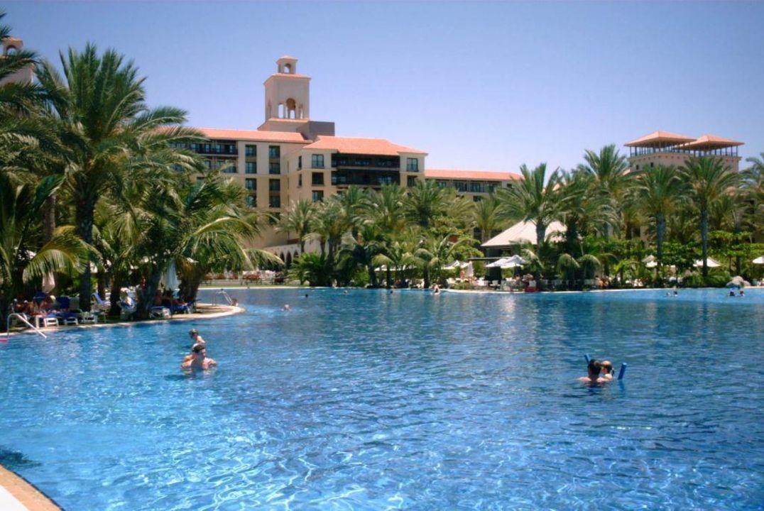 Grosser Pool Lopesan Costa Meloneras Resort Spa Casino Meloneras